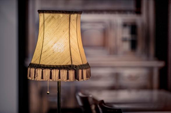 Nieuwe lampen in een oud jasje: Vattenfall en Signify voorzien 100%Kringloop-winkels van zo'n 47.000 LED-lampen